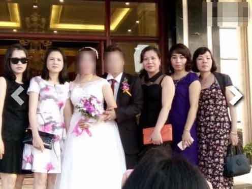 Bất ngờ với đám cưới của 2 phụ nữ U50