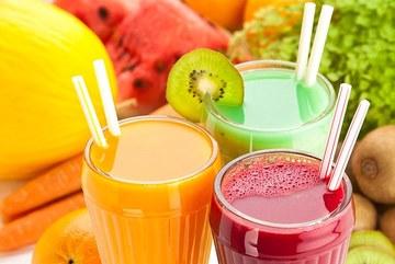 Chỉ uống nước ép rau quả, coi chừng hỏng gan