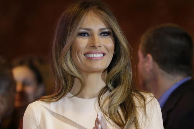 Vợ Donald Trump bị 'tố' nhập cư bất hợp pháp