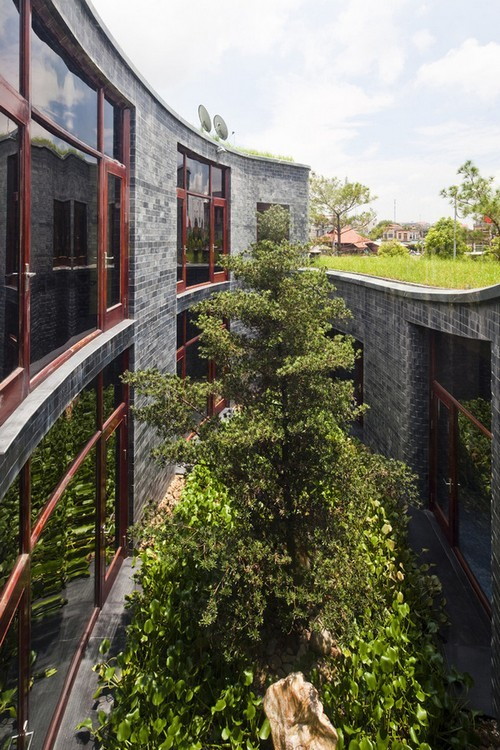 ngôi nhà xanh như rừng, KTS Võ Trọng Nghĩa, ngôi nhà ở Quảng Ninh