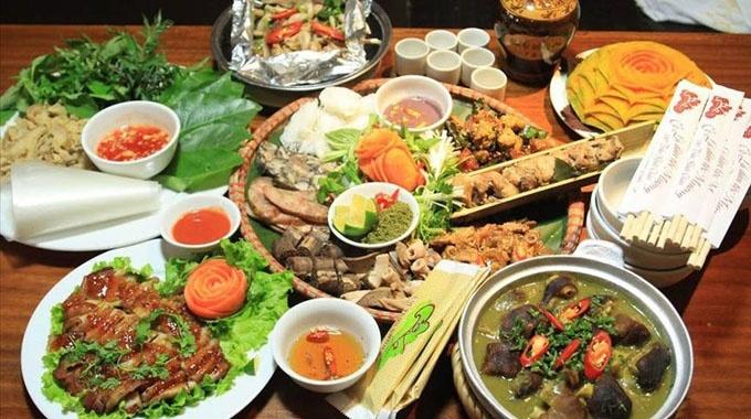 phong vị ẩm thực, xứ Mường, món ăn, thịt hấp, món ngon, trứ danh, người Việt