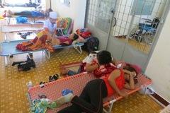 Sốt xuất huyết hoành hành, bệnh nhân la liệt nằm hành lang
