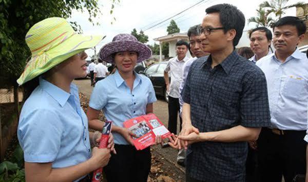 Phó Thủ tướng thị sát điểm nóng sốt xuất huyết