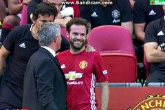 Mourinho chơi không đẹp với Mata