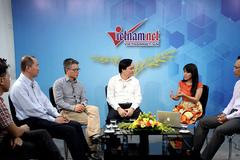 Trực tuyến với Bộ trưởng Phùng Xuân Nhạ, GS Ngô Bảo Châu