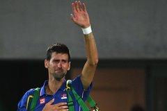 Djokovic khóc nức nở khi bị loại ở Olympic Rio 2016