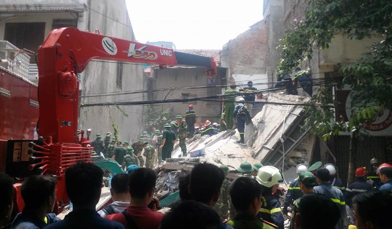 sập nhà phố Cửa Băc, công trình cũ nguy hiểm, chung cư cũ, Hà Nội, khởi tố