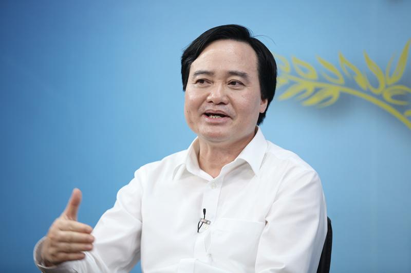 Bộ trưởng Nhạ, GS Châu bàn chuyện thu hút nhân tài - Ảnh 3.