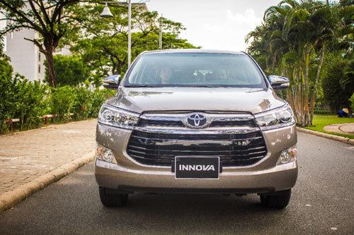Xe Toyota Innova 2016 lựa chọn hàng đầu cho gia đình trên mỗi chuyến đi2