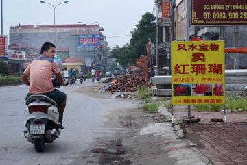 Xã có 'phố Tàu' kêu khó quản lý người Trung Quốc