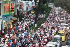 Xây 2 cầu vượt, đường ra sân bay Tân Sơn Nhất hết ùn tắc?