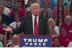 """Trump bị cáo buộc """"dọa ám sát' Hillary"""