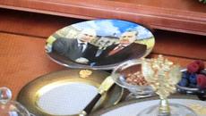 Chiếc đĩa đặc biệt trên bàn tiệc Putin tiếp Erdogan