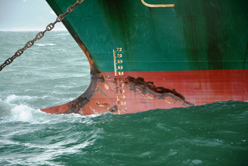 Giây phút tuyệt vọng trên biển của 9 thuyền viên