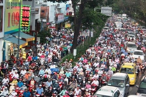 Trịnh Đình Dũng, Tân Sơn Nhất, sân bay, mở rộng, ùn tắc giao thông, kẹt xe