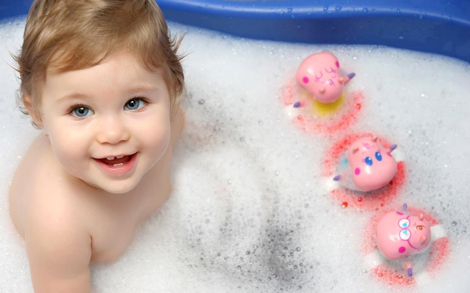 Con bạn có dùng sản phẩm tắm gội chứa chất nguy hại?