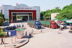 Trung Quốc 'ra đòn', hàng Việt lao đao: Chưa lối thoát?