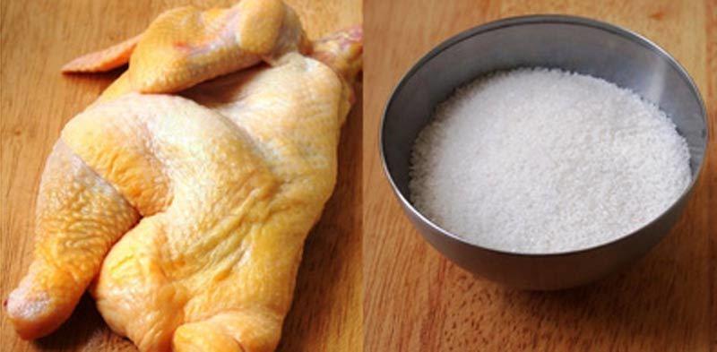 Muối là gia vị cho các món ăn