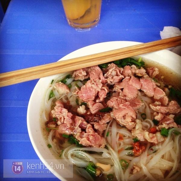 phở gánh, du lịch, món ngon, quán ăn đêm, Hà Nội, <a taget='_blank' data-cke-saved-href='/tag/am-thuc' href='/tag/am-thuc'><i>ẩm thực</i></a> Hà Nội