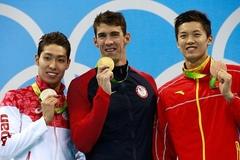 Michael Phelps phá vỡ kỷ lục tồn tại 2.168 năm ở Olympic