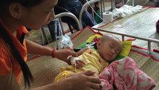 Cha nghèo gian nan chữa bệnh ung thư gan cho con