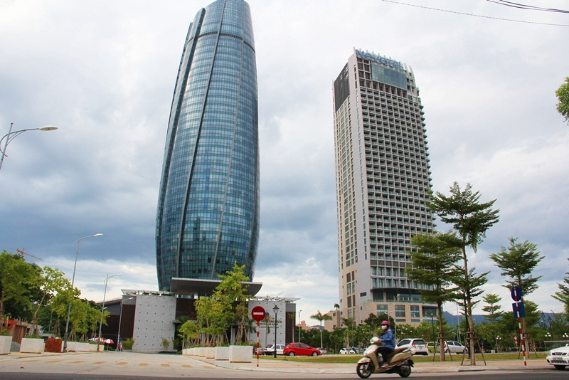 Tòa nhà hành chính nghìn tỷ, dời đi rồi ai thuê?