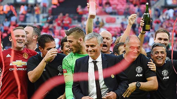 MU và cuộc chinh phục của Mourinho