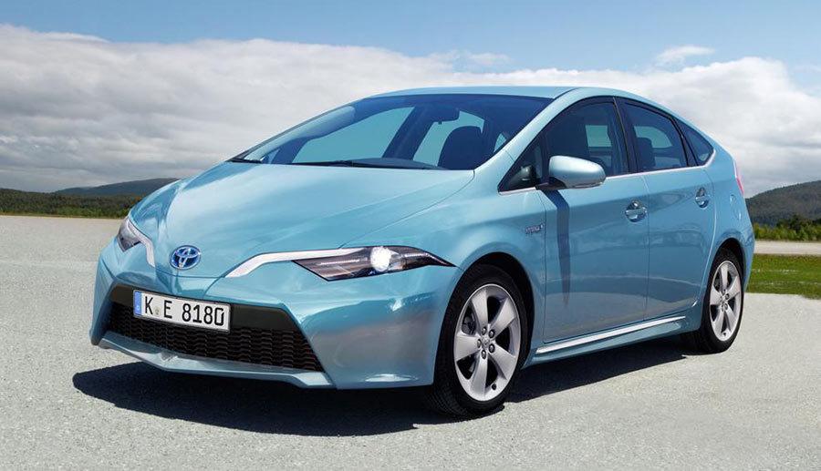 20160813083423 prius Những mẫu xe hơi này chỉ tiêu tốn xăng nhỉnh hơn các loại xe máy một chút