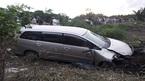 Cần Thơ: Nổ lốp xe, ô tô 7 chỗ gây tai nạn chết người