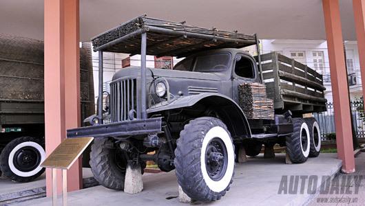 chiếc xe huyền thoại, quân đội Việt Nam, xe tăng, ô tô, xe chuyên dụng, xe biển đỏ, quân đội, đi xe, lái xe