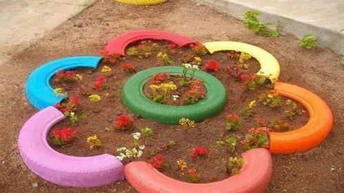 trang trí sân vườn, trồng hoa sân vườn, tận dụng đồ cũ trang trí sân vườn