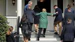 Hillary bị đồn 'sức khỏe kém, ngập máu, tâm thần'