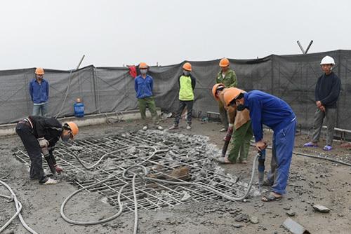 phá dỡ nhà 8B Lê Trực, cắt ngọn nhà 8B Lê Trực, công trình nhà 8B Lê Trực