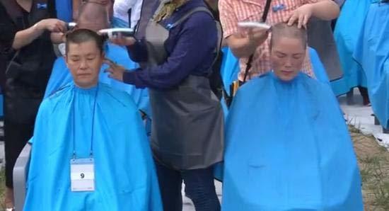 Dân Hàn cạo đầu phản đối hệ thống phòng thủ tên lửa của Mỹ