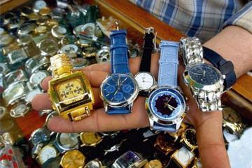 Buôn đồng hồ giả: '1 vốn... 40 lời'