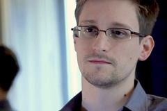 """Edward Snowden: Vụ tấn công NSA là """"lời dằn mặt của Nga"""""""