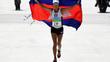 Nữ tiến sĩ 44 tuổi bị chê già và xấu làm nên lịch sử tại Olympic