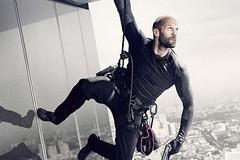 Jason Statham trở lại cực ngầu trong 'Sát thủ thợ máy 2'