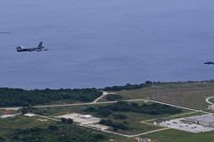 Đội hình 'pháo đài bay' siêu đẳng Mỹ lượn ở Biển Đông