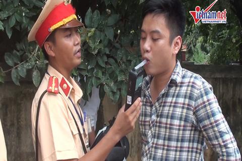 CSGT Hà Nội tiếp tục tặng cường kiểm soát nồng độ cồn