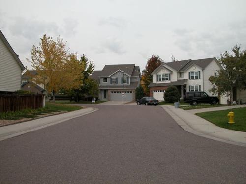 phong thủy nhà ở, mua nhà có đường đâm thẳng vào nhà, kinh nghiệm mua nhà hợp phong thủy