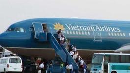 Bị khách VIP tát, tiếp viên nghỉ bay 9 ngày