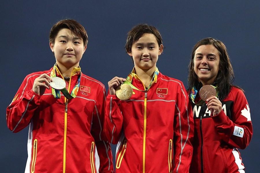 Olympic Rio 2016, Ren Qian, Nữ VĐV 15 tuổi giành HCV Olympic