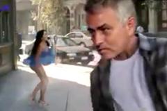 Mourinho thổi tốc váy mỹ nữ sau trận thắng của MU