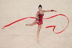 Vẻ đẹp nghiêng nước nghiêng thành của nữ VĐV xứ Kim chi