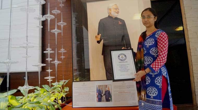 Đại gia chi 15 tỷ mua lễ phục của Thủ tướng Ấn Độ
