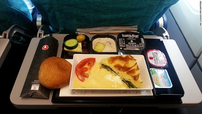 Những suất ăn trên máy bay ngon nhất thế giới