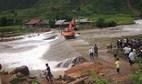 Lào Cai: Lũ quét cuốn phăng lán trại, 6 phu vàng thương vong
