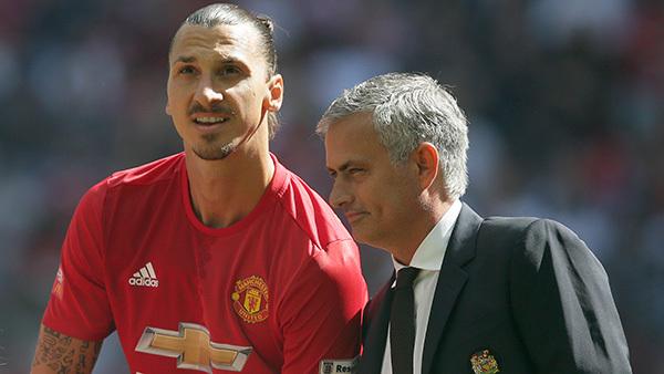 """Mourinho, Ibrahimovic và """"câu thần chú"""" ở Old Trafford"""