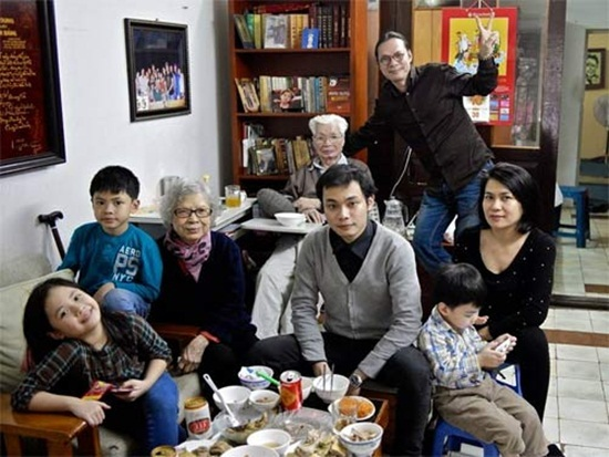 đạo diễn Trần Lực, Trần Lực, chuyện nhà Bông Bờm Bách